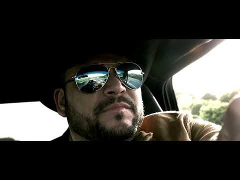Michael Salgado La Vida En Un Hilo Oficial Video