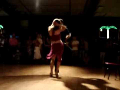 Christian Y Jackie bailando bachata
