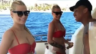 Iggy Azalea Hot In Bikini Caught Making Out with Music Producer Ljay Currie In Mexico