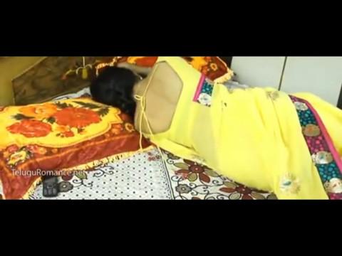 telugu aunty romance video