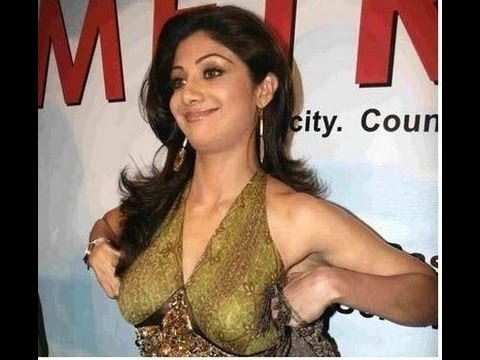 bollywood actress open breast hot video