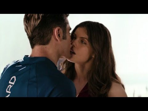 Alexandra Daddario and Zac Efron kiss scene in Baywatch