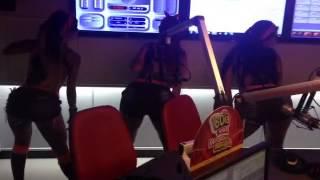 PARARA TIBUM jaula dançando ao vivo na rádio FM o dia