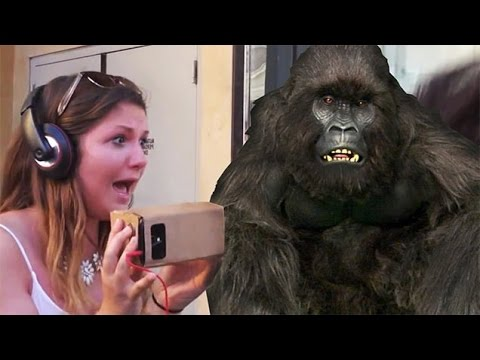 SCARY GORILLA PRANK in HOLLYWOOD!