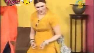 Akhiyan Milawan Gi Te Ki Dewen Ga - Khushboo Mujra