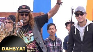 Kang Komar nyanyi 'Bebeb Batu Akikku' buat para bebeb [Dahsyat] [14 Des 2015]