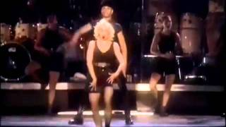 Madonna - Vogue [Blonde Ambition Tour]
