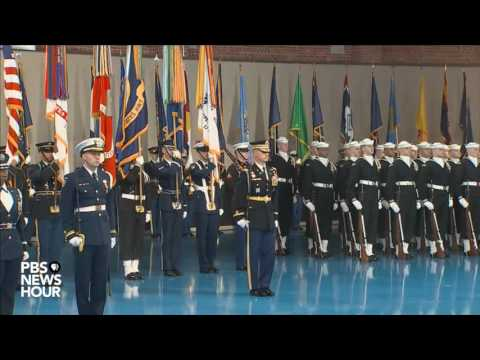 watch Watch full military farewell to President Obama