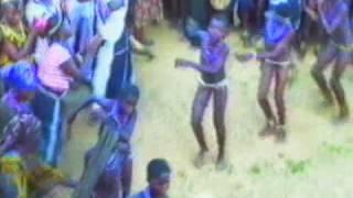 IBISHIKA : Danse & musique des femmes OZAH / OJAH (NIGERIA)