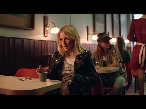 Download Lagu Major Lazer - Powerful (feat. Ellie Goulding & Tarrus Riley) (Official Music Video)