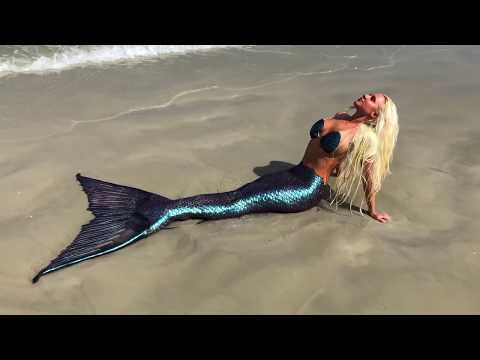Xxx Mp4 Color Changing Mermaid Tail Amazing Mermaid Melissa Tail Tropical Beach Footage Captured 3gp Sex