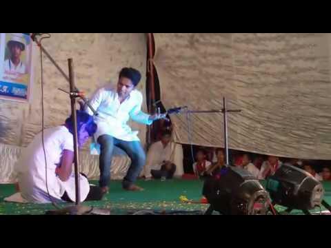 Ipta Konch dwara aayojit samaroh me abhinay krte rangkarmi - PARASMANI AGRAWAL