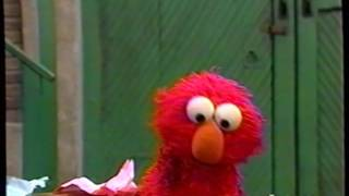 Sesame Street (#3766): Elmo Wants Maria to Read His Story