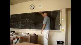 معلم رياضيات يجذب اكثر من 7 ملايين مشاهد برسمة دائره