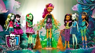 The Monster High Ghouls Grow a Garden Party | Spring Into Action | Monster High