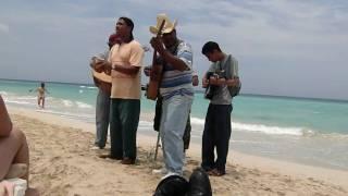 Mariachi en La Playa de Santa Maria en La Habana  Cuba filmado en abril 2009