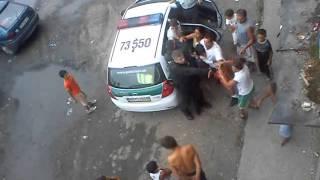 zlate moravce policajna brutalita