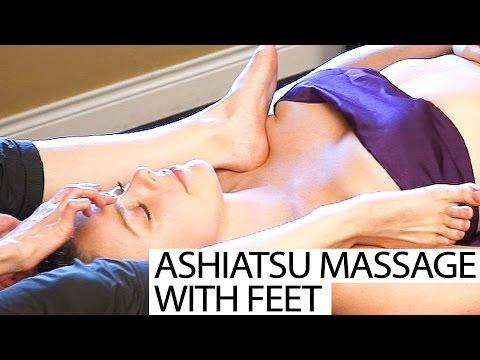 Upper Body Chest & Neck Massage Using Feet! Ashiatsu Barefoot Deep Tissue Techniques