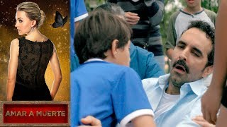 ¡Beltrán al borde de la muerte! | Amar a muerte - Televisa