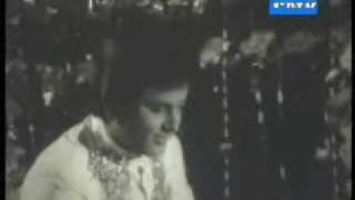 Ame tomar bodhu: Bangla movie song: Old