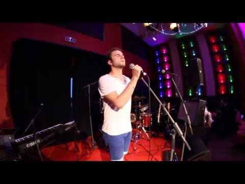 Xxx Mp4 Jakub Hübner Skyfall Adele Cover Live At Siddharta Café Prague 13 6 2013 HD 3gp Sex
