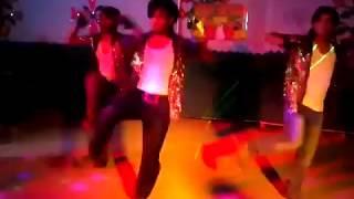 chicken tandoori dance