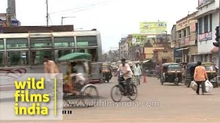 Busy street during rush hour in Cuttack, India