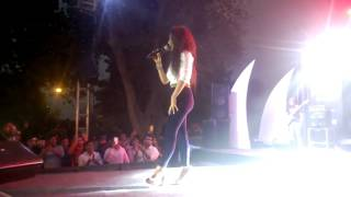 Neha kakkar live Performance Dance Lat Lag Gayee Full HD Video