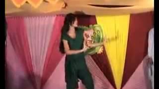 Mahiya Mahi hot Dance - Chikni Chameli