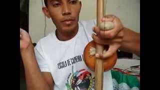 como tocar berimbau 2 .....toque de angola