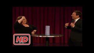 [Talk Shows]Melissa Mccarthy plays jenga with a Twist on Jimmy Fallon.