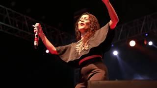 Tu cheez badi hai mast by Neha Kakkar live Jaipur 16 july 2017