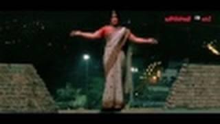 Mallanna Movie Scenes - Chiyaan Vikram In Saree - Chiyaan Vikram & Shriya Saran