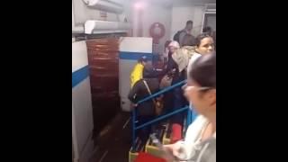 Balsa de Santos tem pane e clima de Titanic