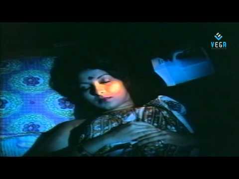 Xxx Mp4 Annapparavai Movie Romantic Scene 3gp Sex