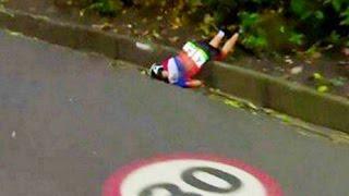 Olimpiadi Rio 2016, incredibile caduta per la ciclista olandese  Annemiek van Vleuten