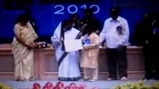 Suraj Pawar receiving National Award for PISTULYA