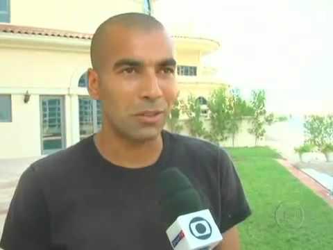 Emerson o ex Sheik do Flamengo mostra seu `castelo` em Dubai