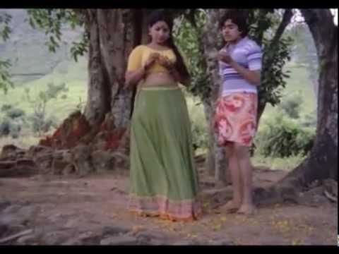 Hot mallu Jaya bharathi showing boobs Rathinirvedam .flv