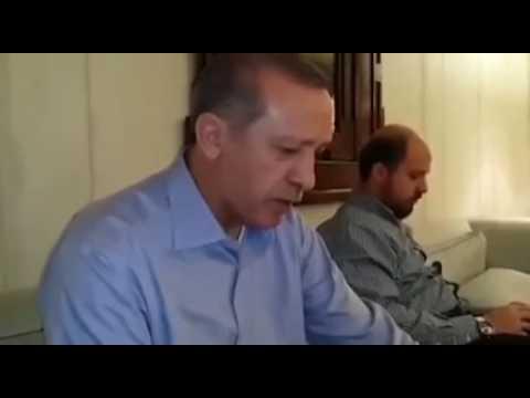Predsjednik Turske,Redžep Tayyip Erdogan uči Kur'an