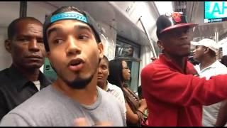 Rapero en el Metro de Santo Domingo (Taliman).
