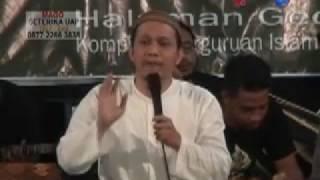 KH Umar Fayumi ; Ngaji Utak atik kongkow budaya belajar dari sosok Mbah Mutamakin