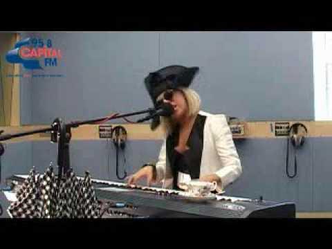 Lady Gaga Paparazzi Live Acoustic