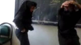 رقص کردی دختران ایران در مدرسه