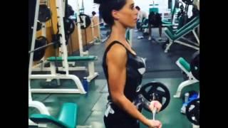 Valentina Roth entrenando en el gimnasio