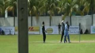 Sanath Jayasuriya and Upul Tharanga Bowling - IAT20 Super Challenge Olam Cup