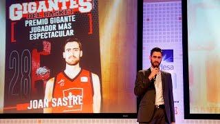 Sastre recibe el premio Gigante Más Espectacular