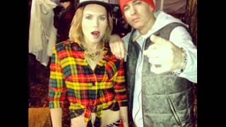 Skylar Grey Ft. Eminem - C'mon Let Me Ride