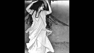 RadhaBallav - Kishe Krishno Bhojon Hobe (Momtaz Begum)