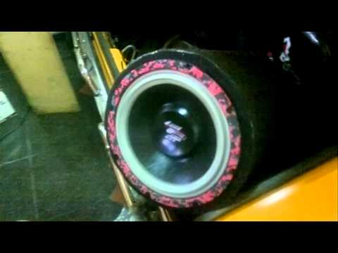 bazooka con woofer 10 pulgadas sound barrier americano 350 watt